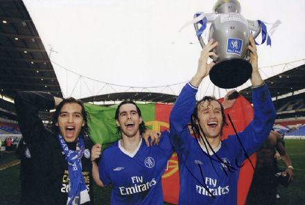 Ricardo Carvalho, Chelsea & Portugal, signed 12x8 inch photo.